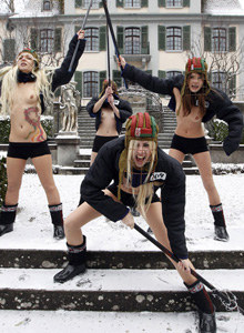 Femen public nudity 3
