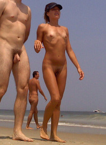 Young hairy pussy nudist girl in the water