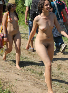 Pustye Holmy nudists event (part 2)