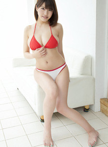 Sweet asian Asuki Kishi in bikini