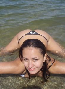 Marina - glamour sexy bikini gf