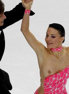 Ekaterina Rubleva figure skating dance with nipple slip