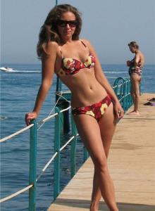 Ekaterina is the brunette bikini hottie