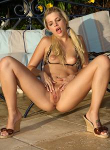 Lesbian Jana Foxy and Nella in sexy bikinis