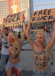 Femen public nudity - fuck free